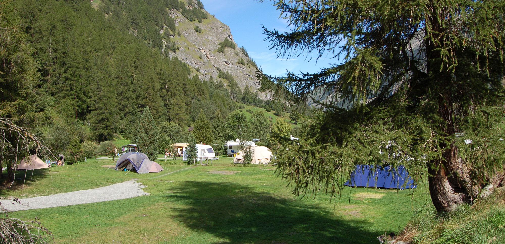 Les emplacements pour tentes et camping-cars